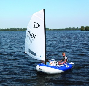 DinghyGo blue child alone sailing
