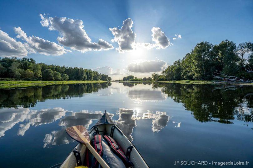 Umiak-River-Loire
