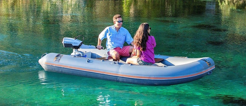 Epropulsion Spirit 1kw electric outboard