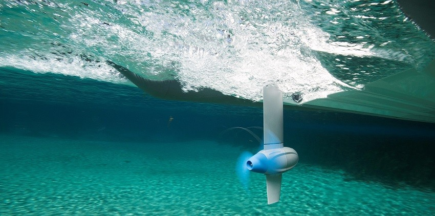 Epropulsion Spirit underwater