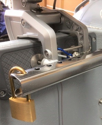 Outboard-clamp-handle-lock